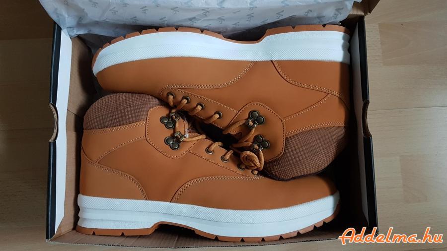 VTY férfi cipő bakancs 45-ös