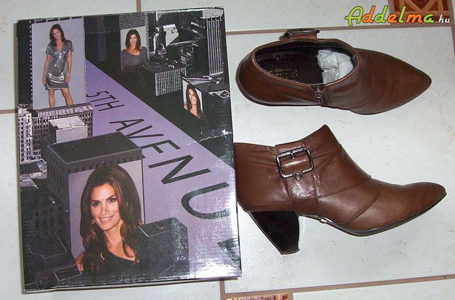 38-as barna bőr cipő eladó