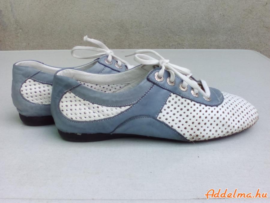 Kék-fehér lyukacsos sportos bőr fél cipő 37-es