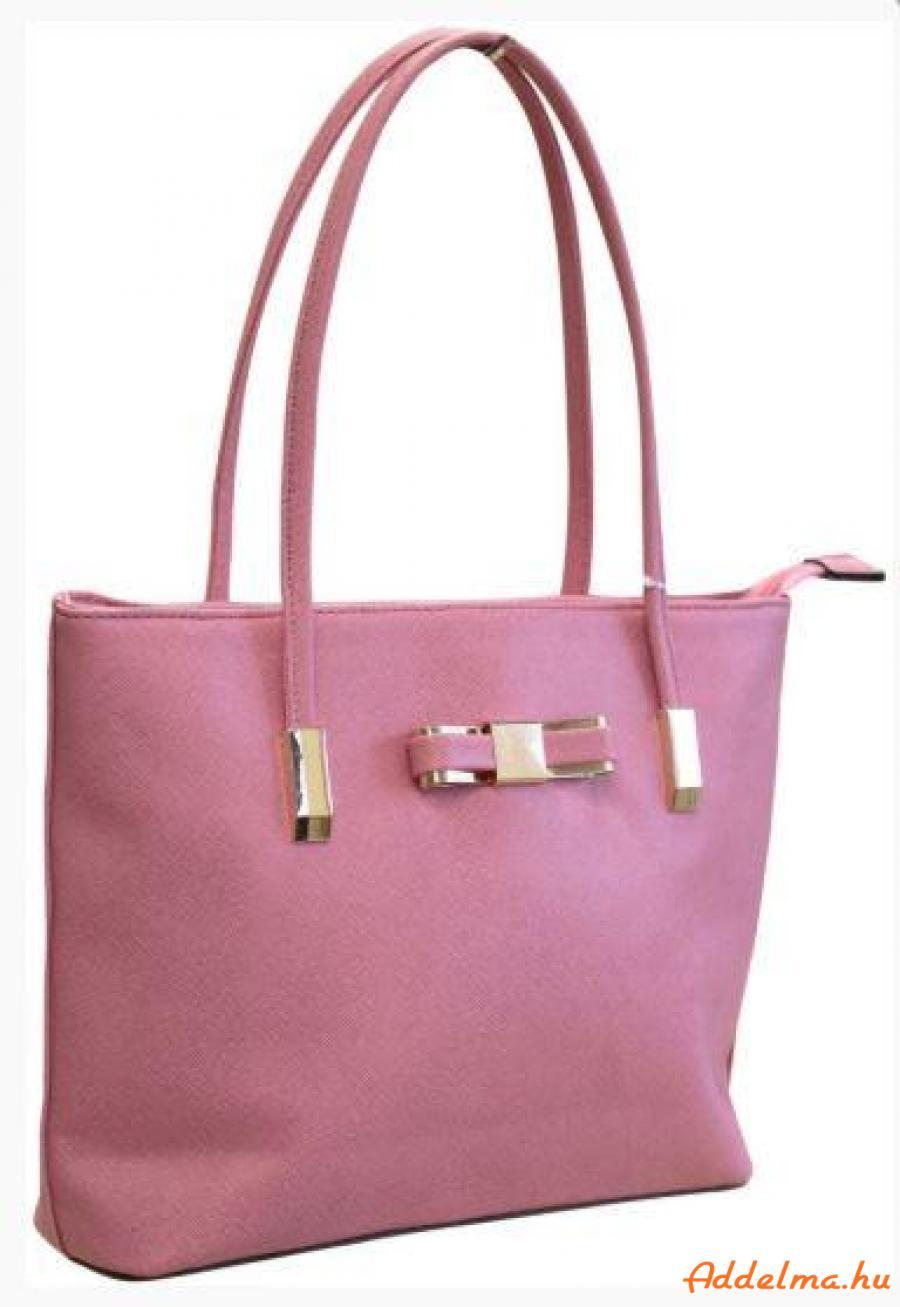 Nicole Brown Női táskák 3 féle színben.RAKTÁRKISÖPRÉS!