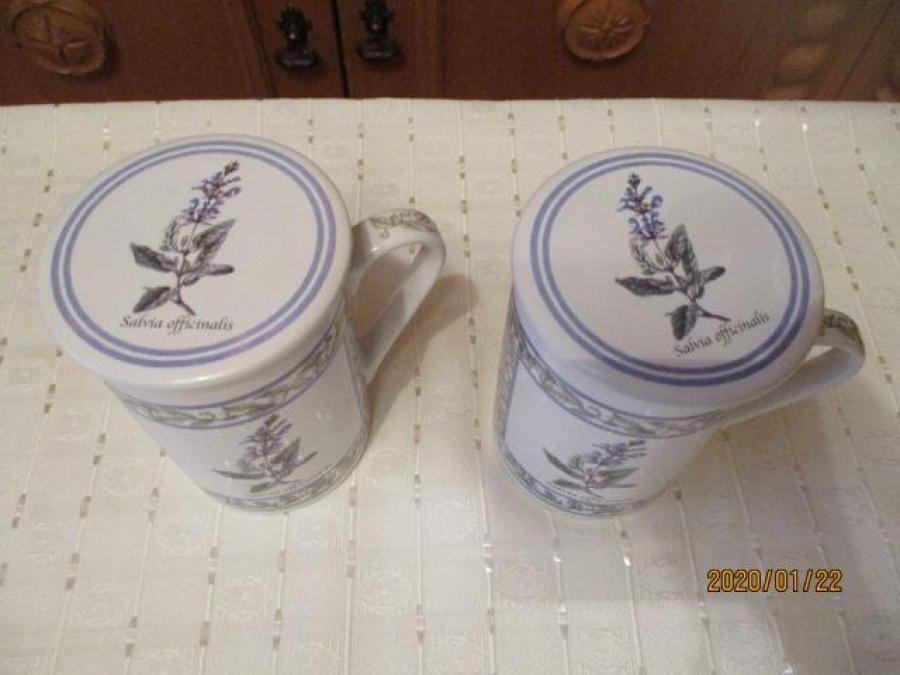 Bögre tea szűrővel