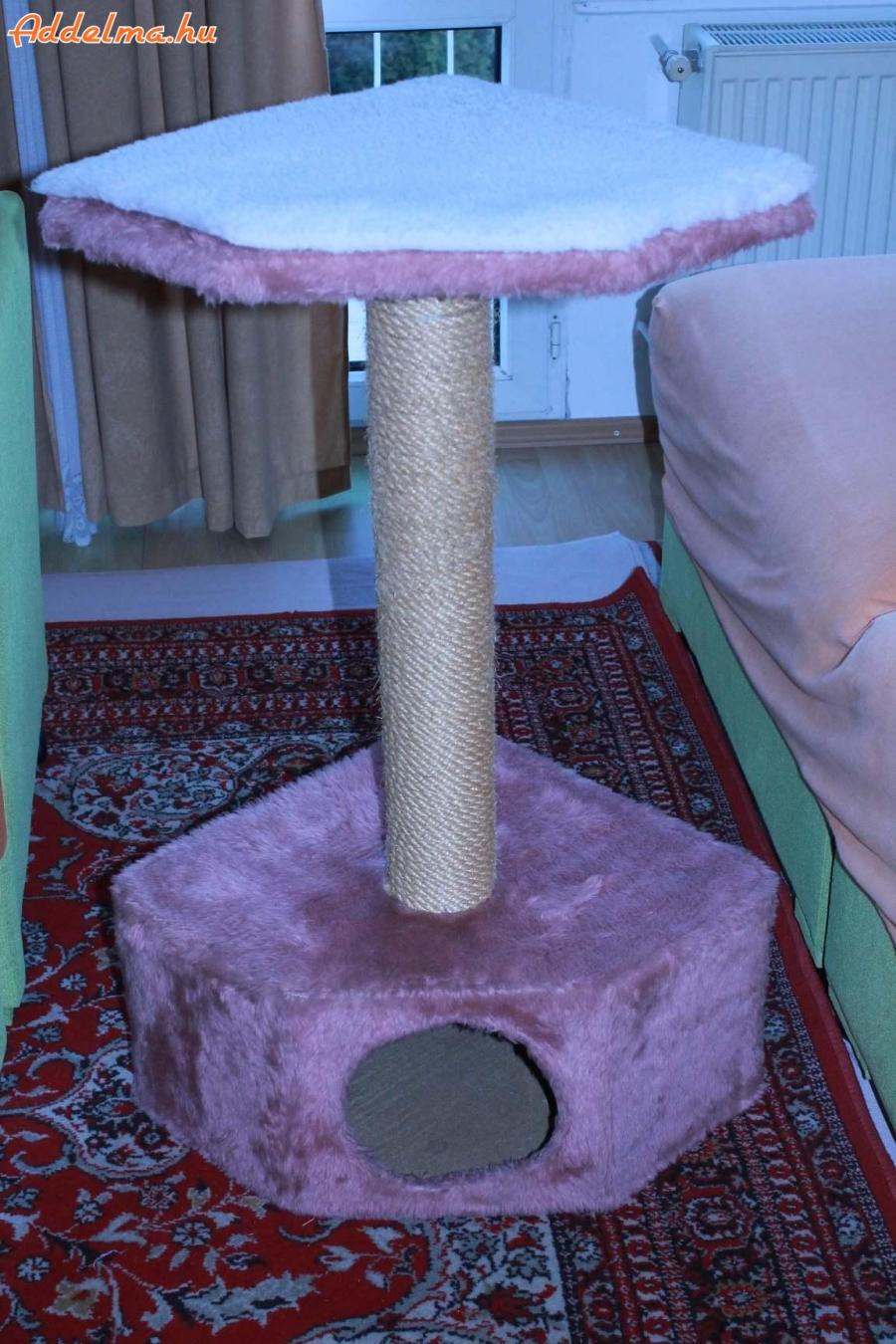 Macska kaparófa házzal eladó