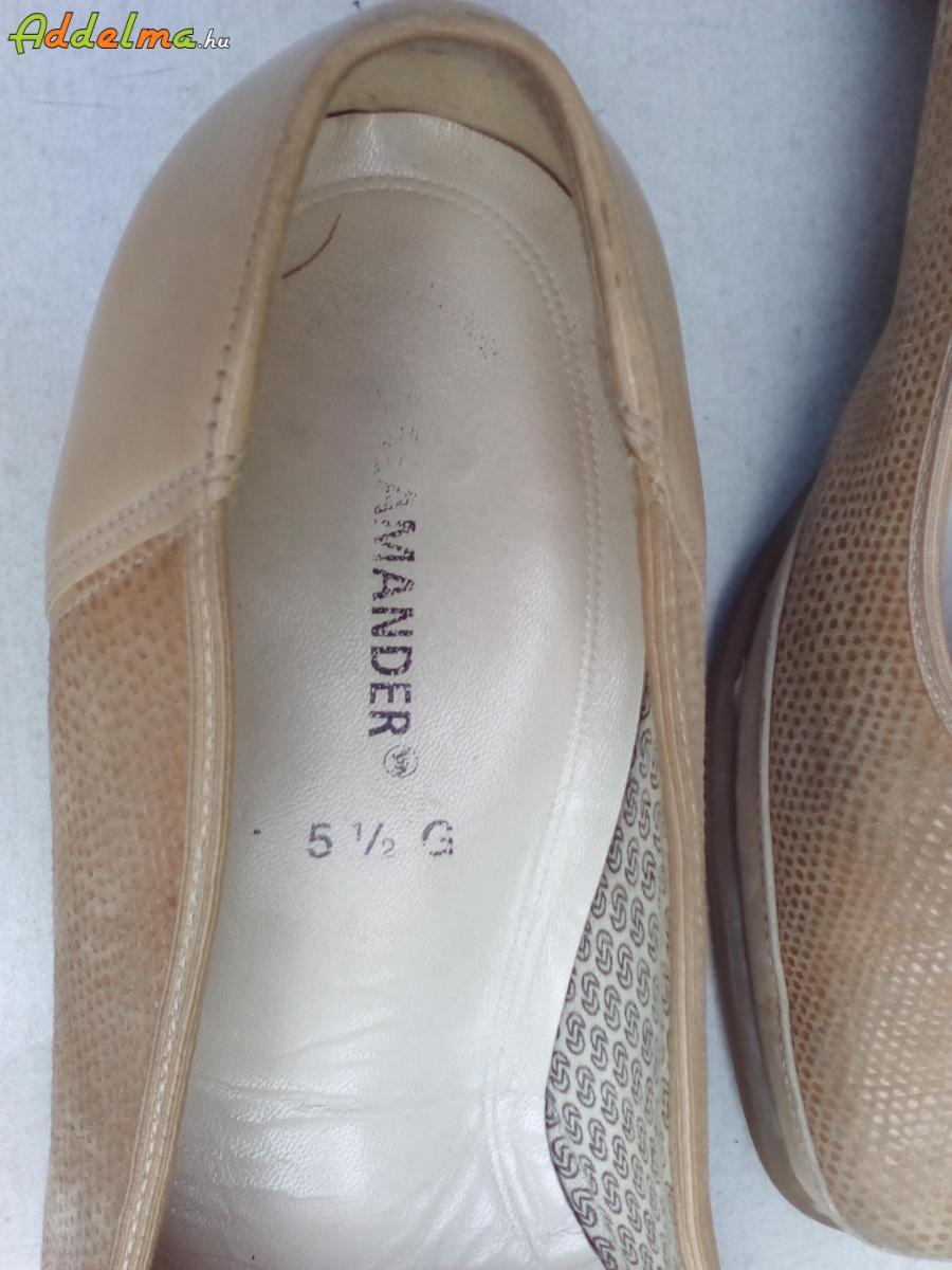 Salamander bézs balerina bőr cipő 38,5-es