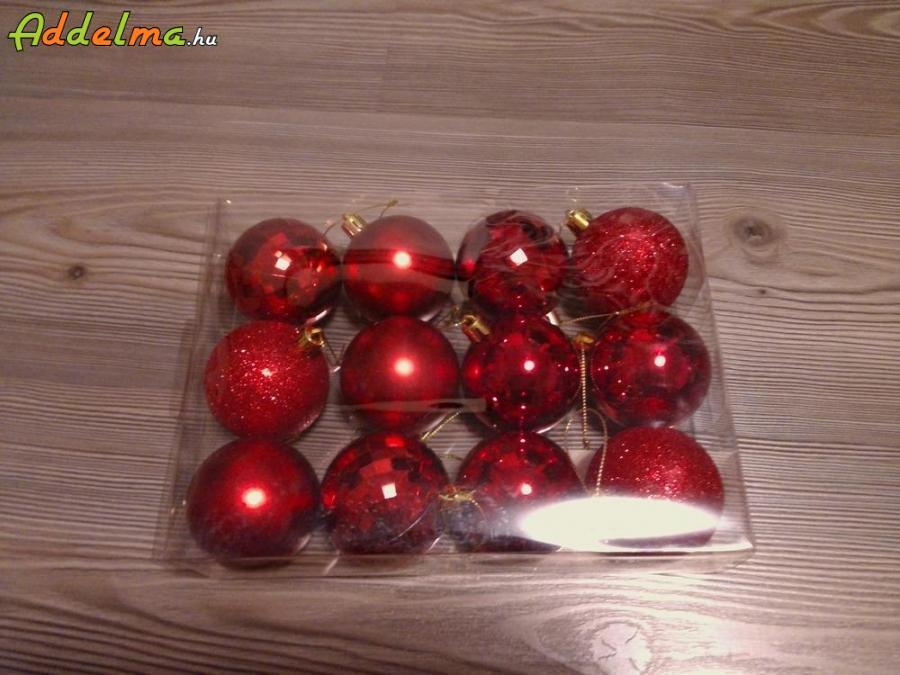 Karácsonyfa díszek eladók