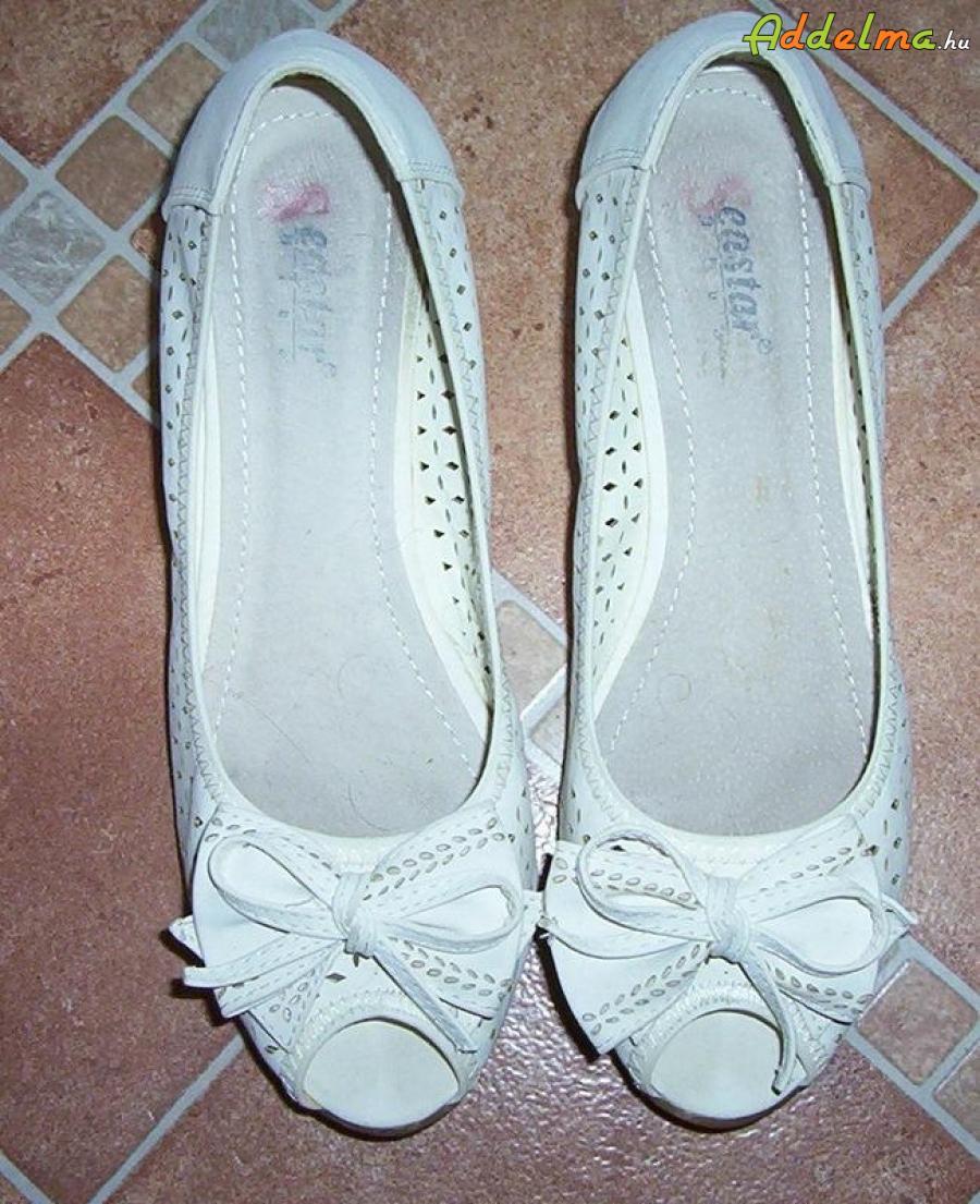 Fehér cipő eladó
