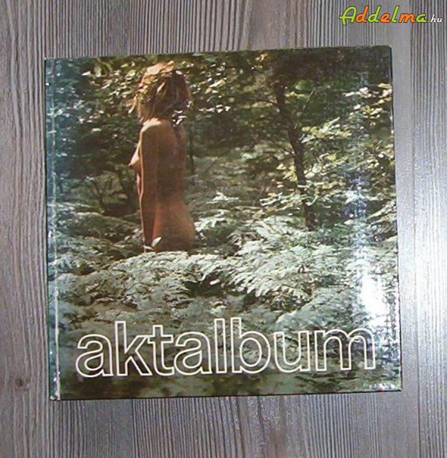 Művészeti album eladó (akt)