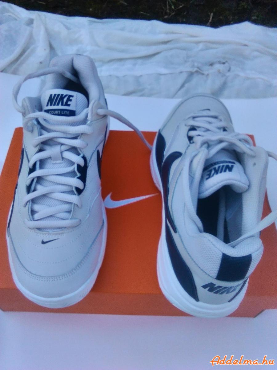 Új,férfi Nike bőrcipő