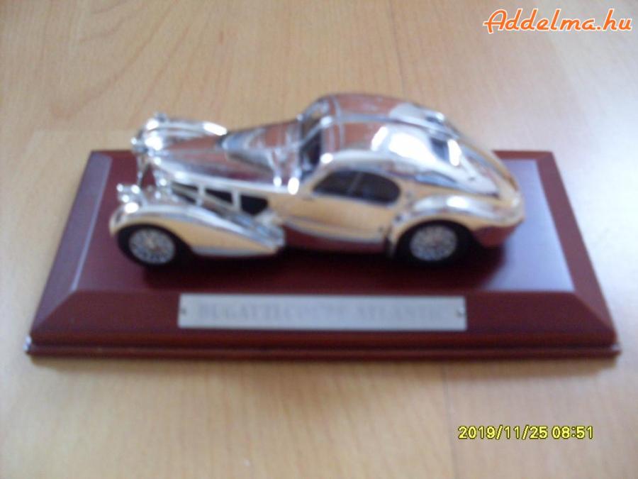 ÚJ Bugatti Coupé Atlantic model 1:43 Silver Cars Collention+DVD