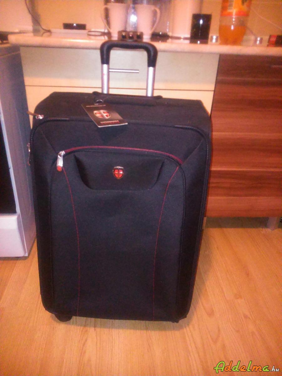 Ellehammer koppenhága nagy méretű gurulós bőrönd Új! 942a84b8a5
