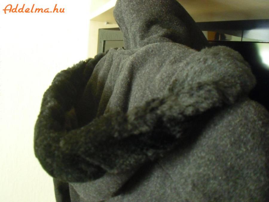 Hosszú , sötétszürke , új , galléros , kabát eladó