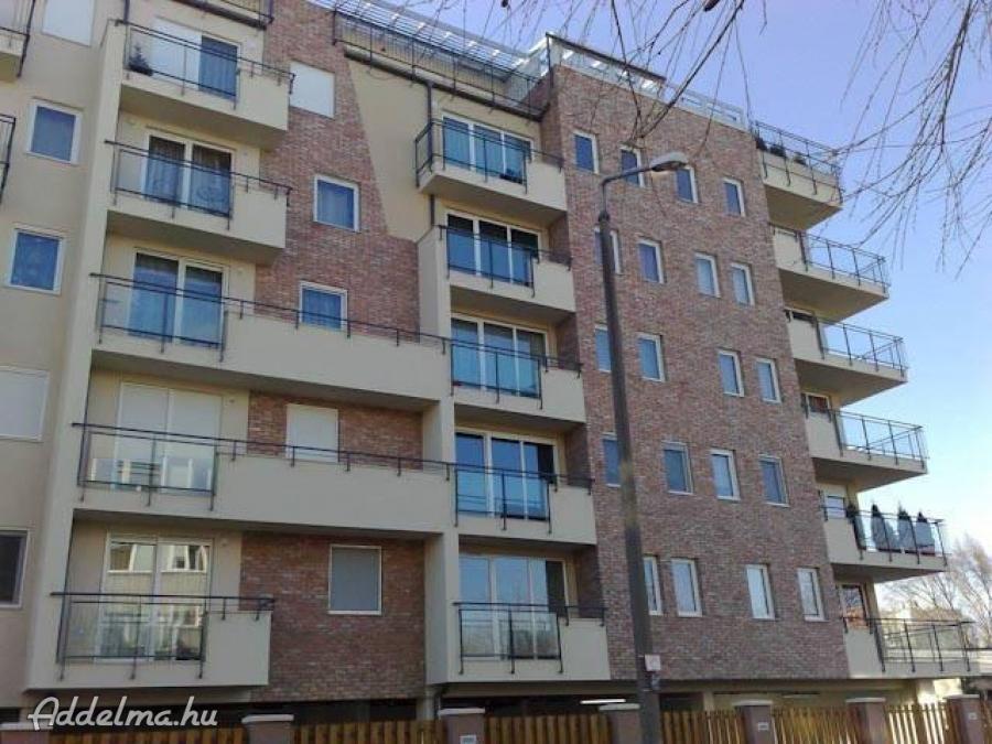14.kerületben garzon lakás