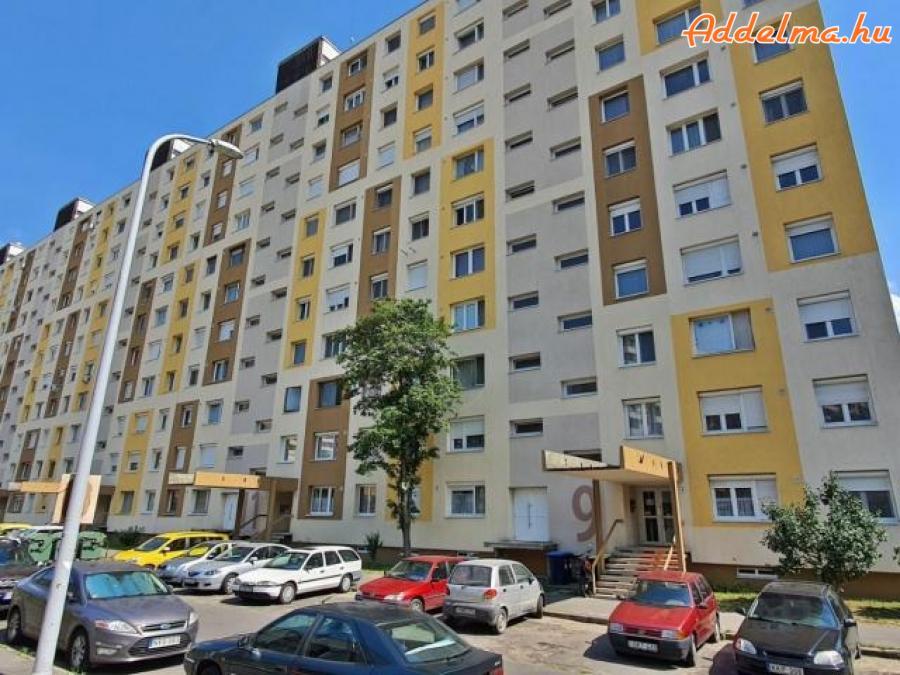 15.kerületben 3 szobás lakás kiadó!