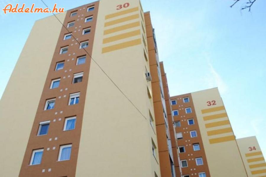 18.kerületben 2 szobás lakás kiadó!