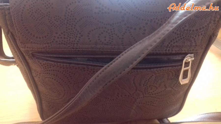 3 db táska,vállon hordható