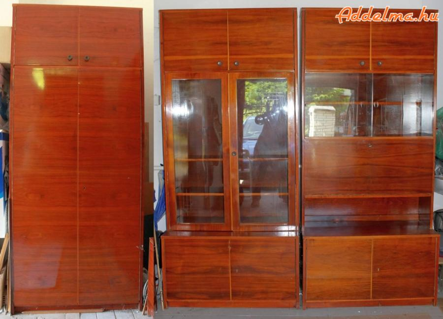 60-as évekbeli román fa szekrénysor eladó