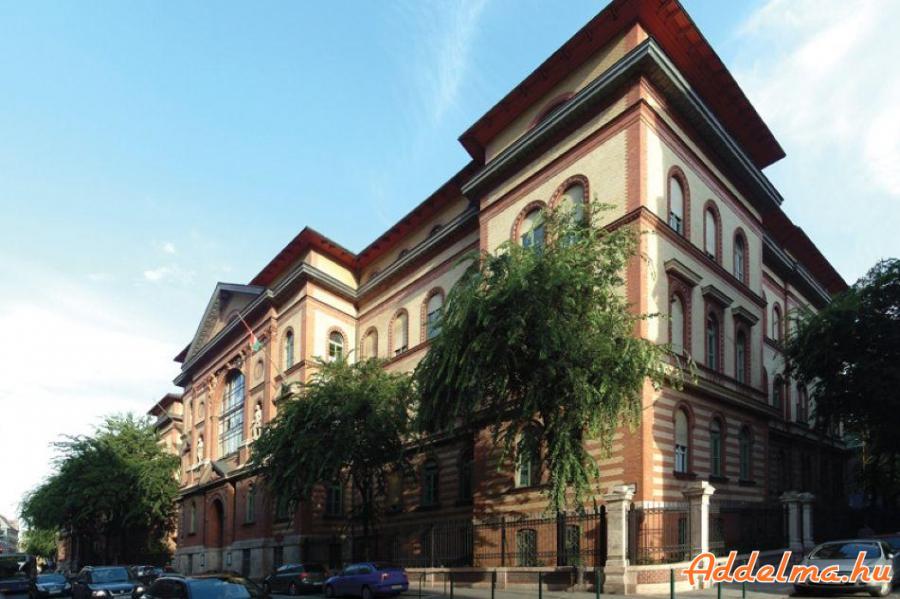 9.kerületben a Semmelweis egyetemnél szoba kiadó!