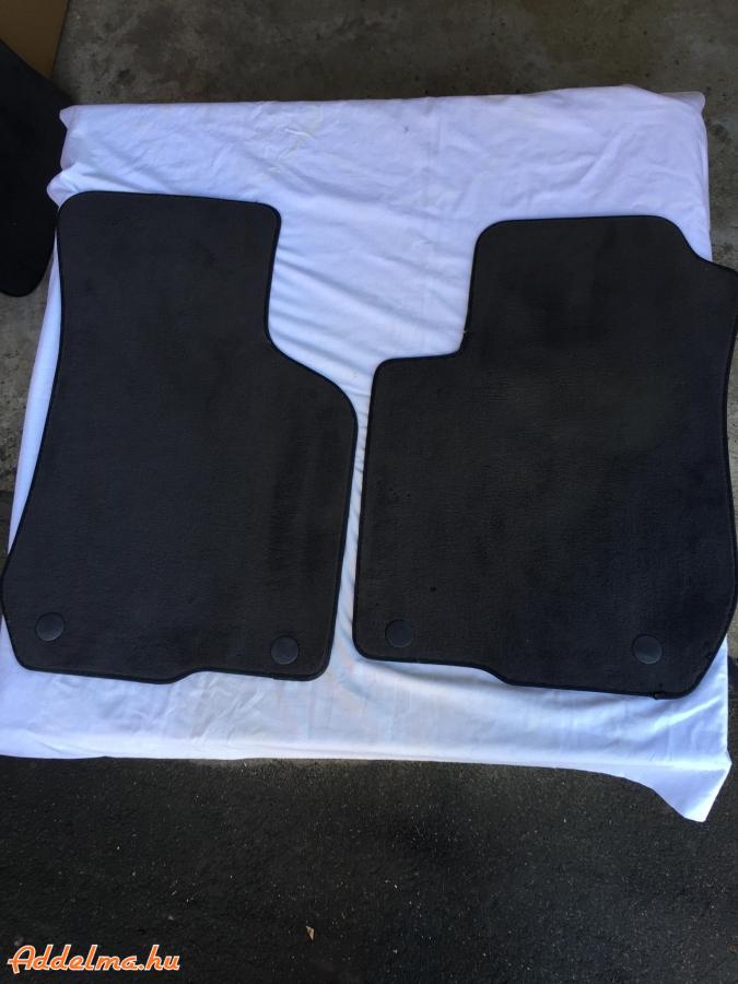 Audi   személygépkocsiba  eredeti szőnyeg