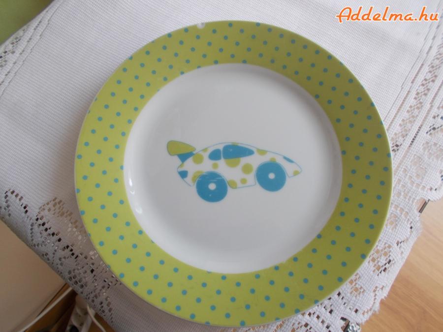 Baba tányér autós