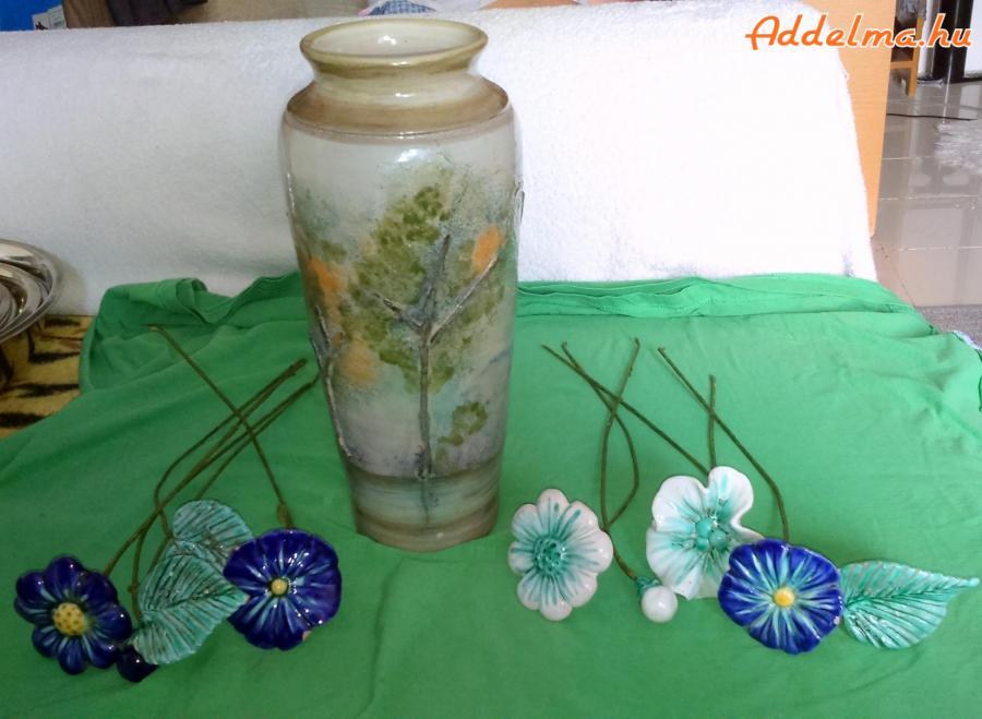Dombormintás agyag váza (31 cm)