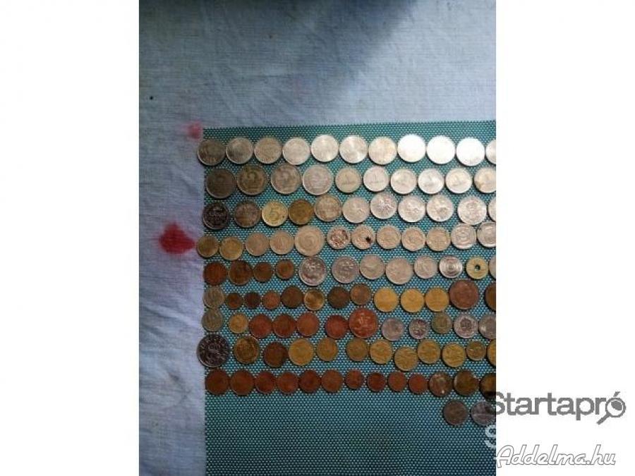 Eladászra iletve cserebere kimtud adni érte pénz érmék
