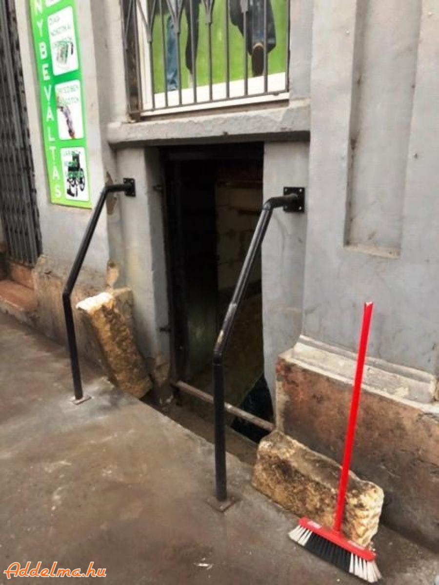 Eladó ingatlan tulajdonjoga a Nagytemplom utcában
