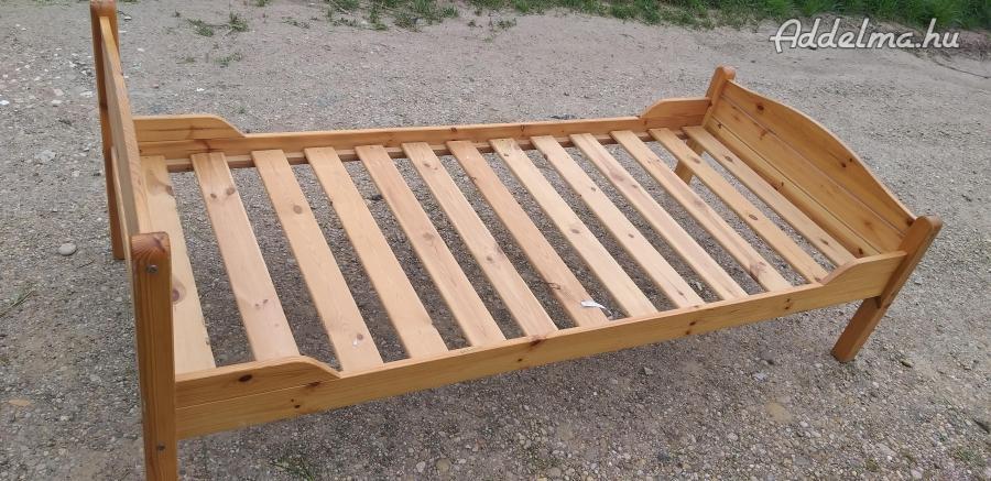 Fenyőfaágy matraccal 90x200 cm 12000 FT