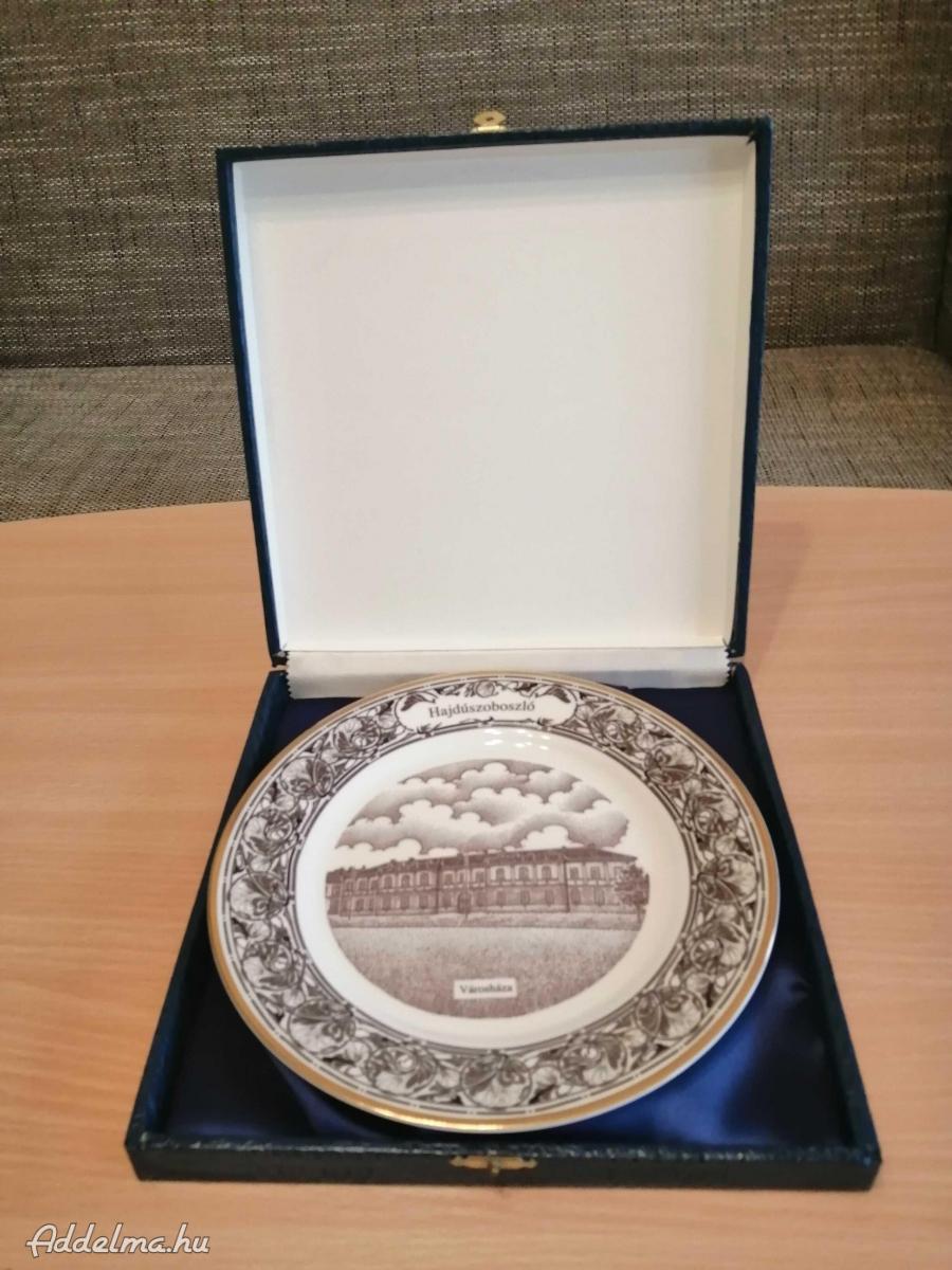Hajdúszoboszló városháza porcelán tányér eladó