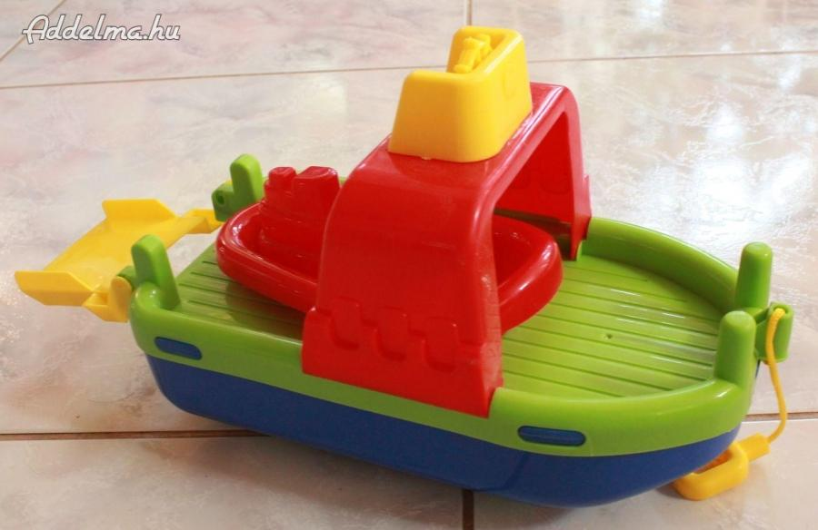 Játék hajó csónakkal eladó