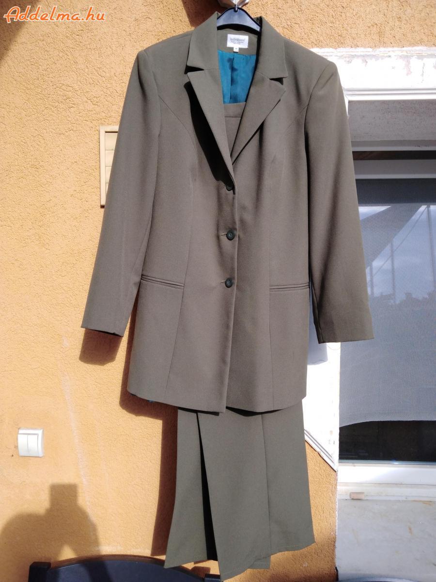 Kosztüm eladó