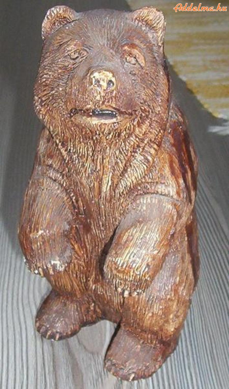 Medve szobor eladó