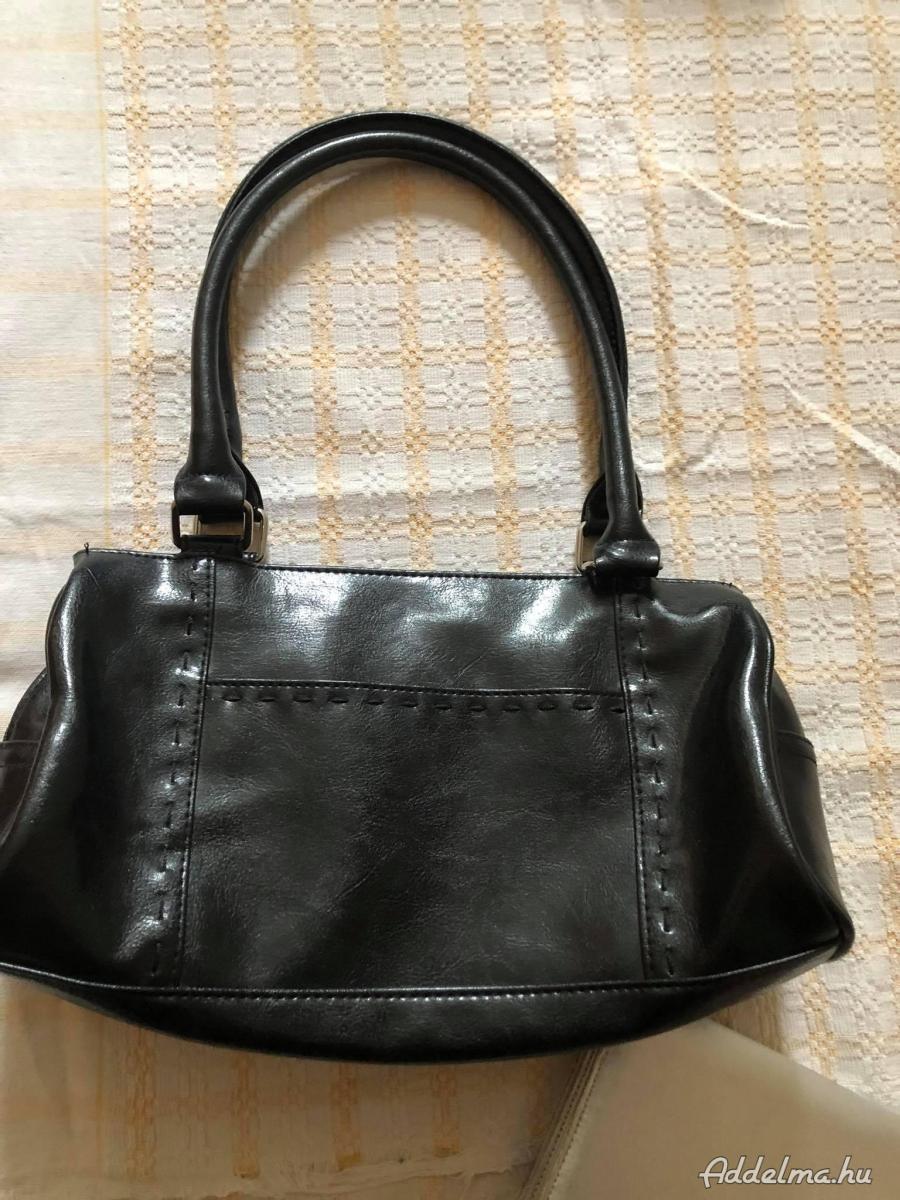 Női táskák különböző méret,fazon,színben