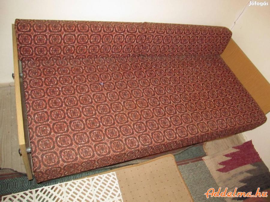 Új heverő, kanapé,retro szobabútor,szekrény,asztal