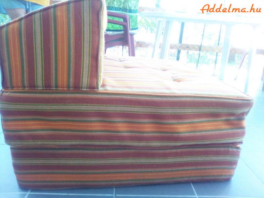 Retró rugós fotelágyak eladók