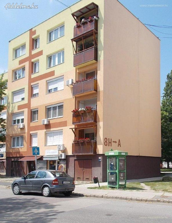 Szigetszentmiklóson 2 szobás lakás kiadó
