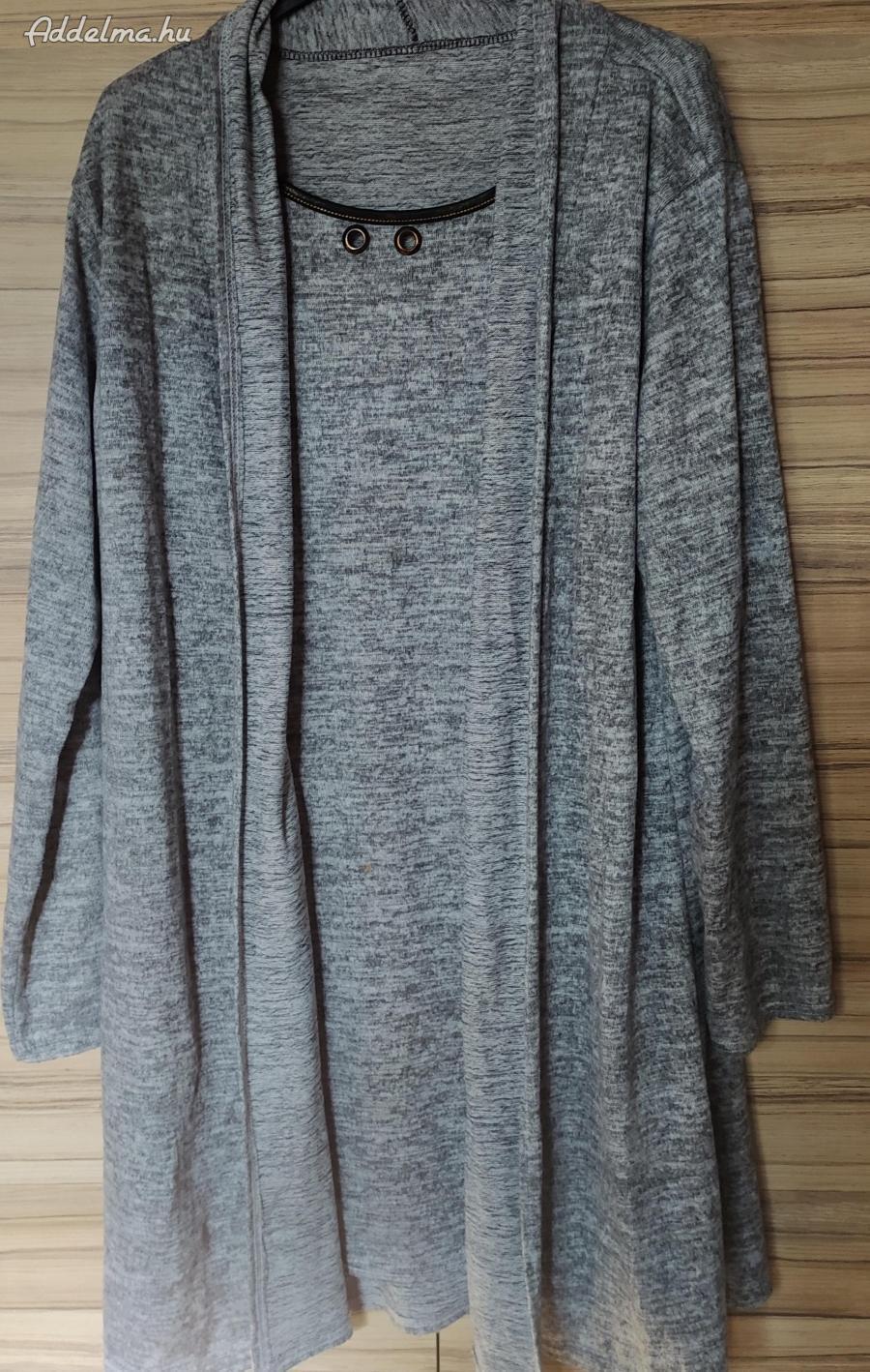 Szürke melírozott pulóver